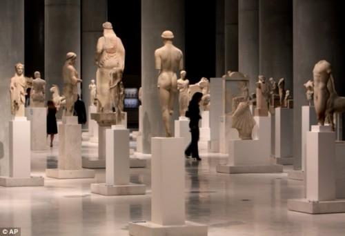 Acropolis statues